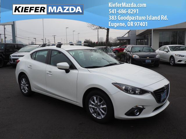 Pre-Owned 2014 Mazda3 4dr Sdn Auto i Touring